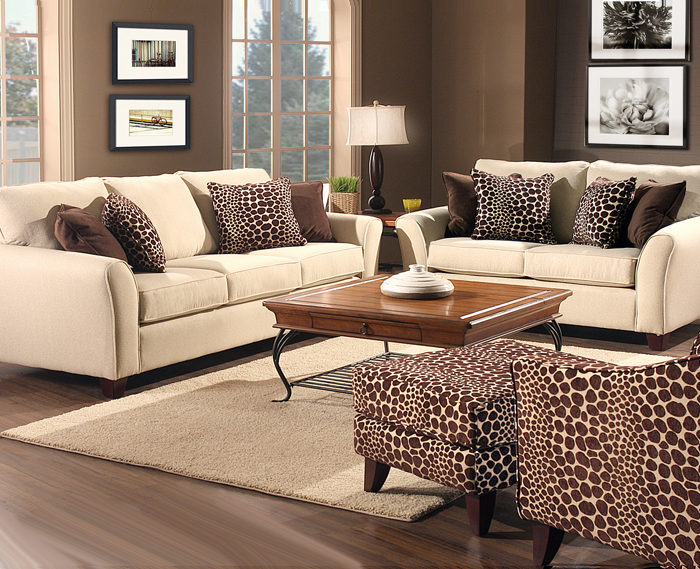 transitional Tanner Giraffe sofa