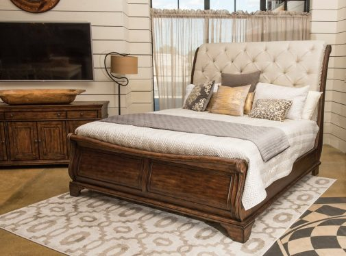 Trisha Yearwood Upholstered Headboard Sleigh Bed